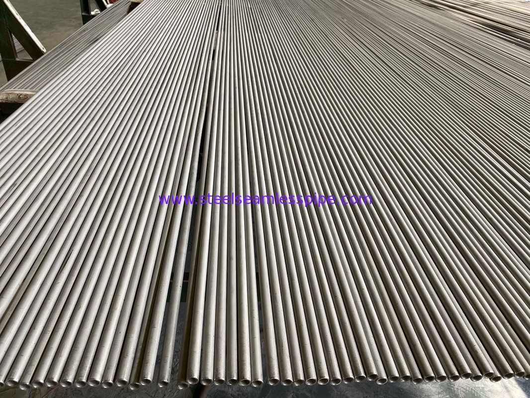 ASTM A213-2018 TP304 Stainless Steel Seamless Pipes Pickled Surface 33.7*1.5*4000mm